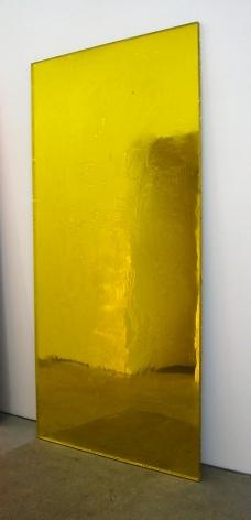 Pae White Sloppy Galaxy, Yellow