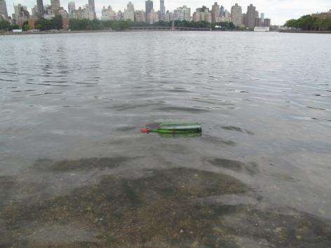 Christian Jankowski, Review –Waterproof Test