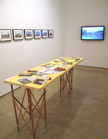 Capacete Installation view