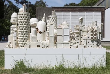 Alegoria (March 2–8, 2015: Cerámica Suro Contemporánea, Guadalajara, Jalisco, Mexico)