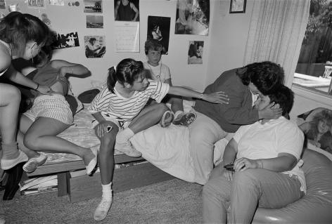 Sage Sohier, Sue & Shelley, with 4 of Shelley's 5 Children, San Carlos, CA, 1988