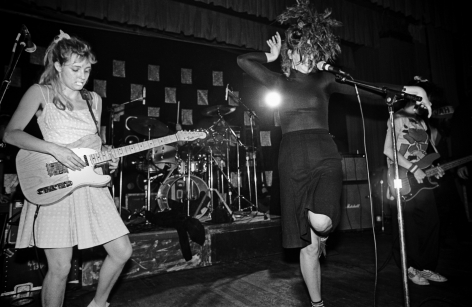 Michael Grecco, The Slits on stage, 1980