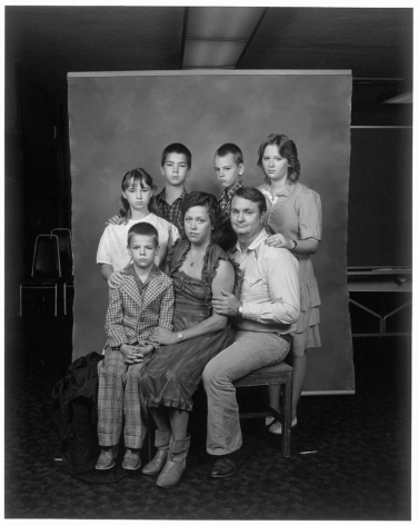 Leon Borensztein, Parents with Five Children, Bakersfield, California, 1983