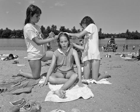 Mary Frey, Untitled (Girls at Beach), 1979-1983