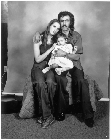 Leon Borensztein, Parents with Little Girl, Santa Rosa, California, 1979-1989