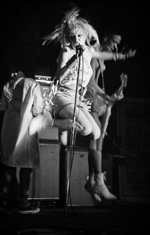 Michael Grecco, Wendy O. Williams rocks it old school on stage, 1980