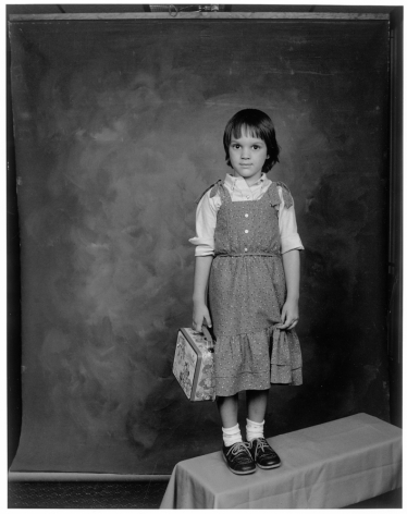 Leon Borensztein, Girl with New Lunch Box, Stockton, California, 1985