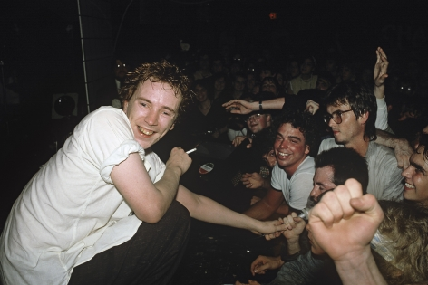Michael Grecco, Johnny Rotten and fans, 1982