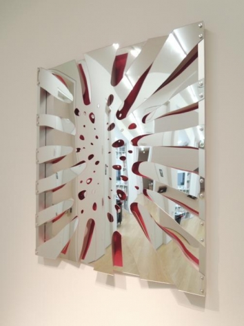 Thomas Glassford, Untitled, 2014. Mirrored Plexiglas and anodized aluminum, 48 in. x 41.6 in. x 2.4 in.