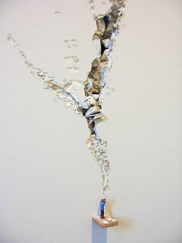 Liliana Porter, Ax, Sicardi Gallery installation view, 2006.