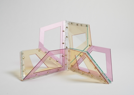 Marta Chilindrón, Hollow 9 Trapezoids,Arcylic and hinges. Dimensions variable.