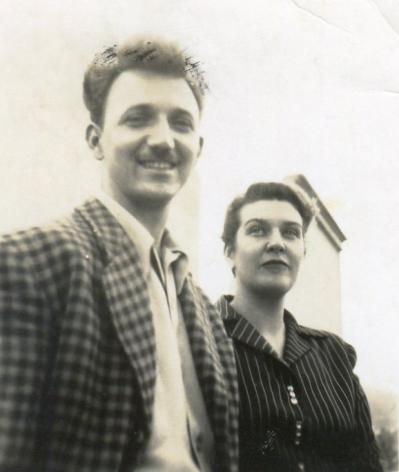 Alejandro Otero and Mercedes Pardo on their wedding day, London, 1951. Photo courtesy of the Otero Pardo Foundation Archives