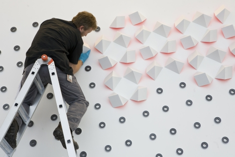 Luis Tomasello, Mural Chromoplastique, 2011. Acrylic on wood. Installation in progress at The Nelson-Atkins Museum of Art, Kansas City, Missouri. Photo credit Tiffany Matson.