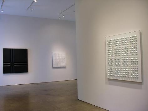 Luis Tomasello, Sicardi Gallery installation view, 2009
