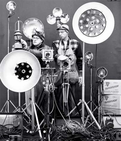 Link and George Thom with Link's Flash equipment, 1956