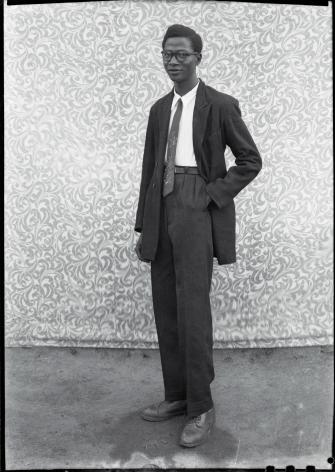 Untitled Portraits. 1948 - 1959, 24 x 20 inch gelatin silver print - Edition of 10