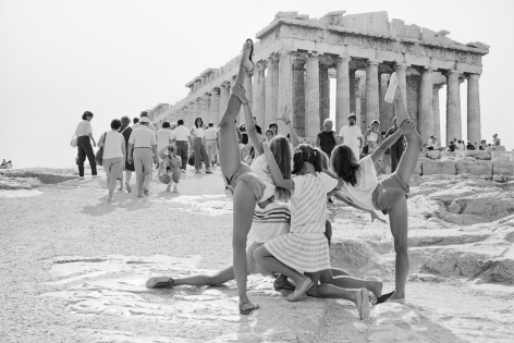 """Tod Papageorge, Untitled from """"On the Acropolis"""""""