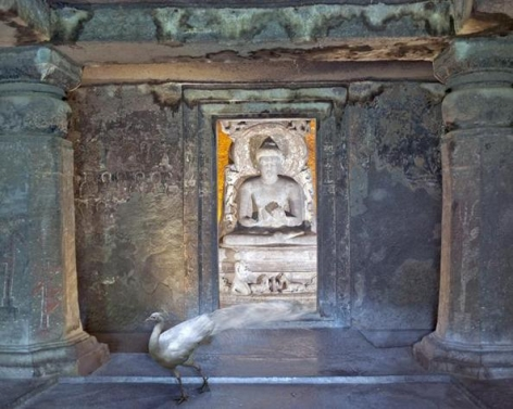 Karen Knorr, Attaining Moksha, Ajanta Caves, Ajanta, 2011