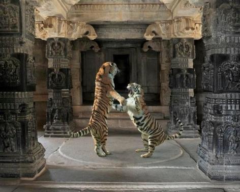 Palaiyakkaras, Hazararama Temple Hampi, 2012, 23.5 x 30 inch archival pigment print
