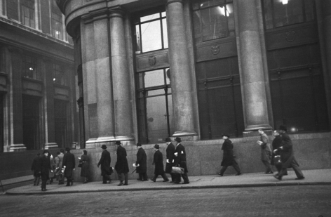London, Bankers, (Vintage), 1951, 16 x 20inch gelatin silver print