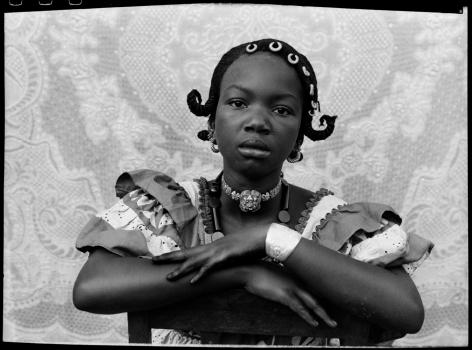 Seydou Keïta, Untitled Portrait, 1948-1954