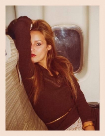 Jerry Hall. 1975, 	4.5 x 3.25 inch unique vintage Kodak print