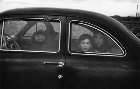 Robert Frank, Family on the Road. 1955.