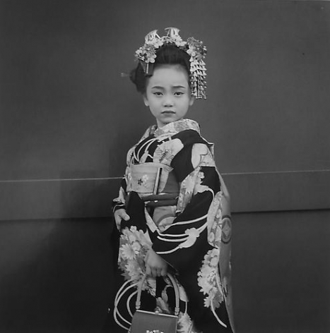 Hiroh Kikai Celebrating Shichi-go-san, a gala day for girls at ages three and seven.  2001