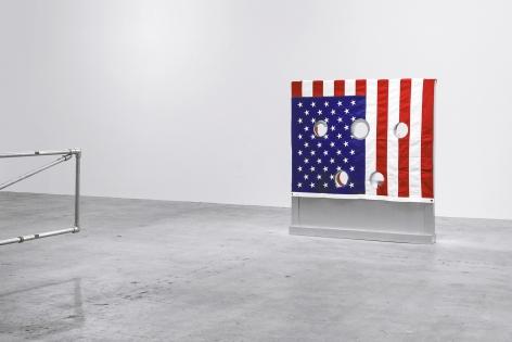 Installation view of Kinetics of Violence: Alexander Calder and Cady Noland, New York, Venus Over Manhattan, 2017