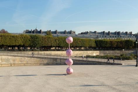 Installation view of Franz West: Dorit, FIAC Hors les Murs, Paris, 2018