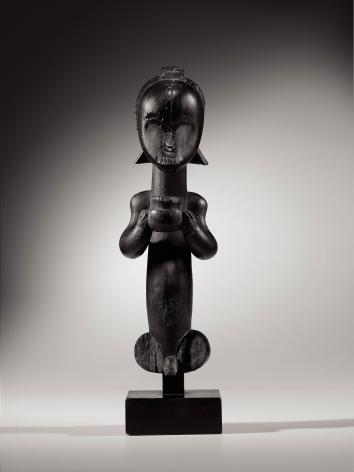 Fang Ntumu Figure, Gabon, c. 1820. Base by Kichizo Inagaki (1876-1951). Wood. Height: 15 3/8 in (39 cm)