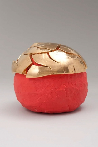 Takuro Kuwata Red-Slipped Gold Kairagi Shino Ball
