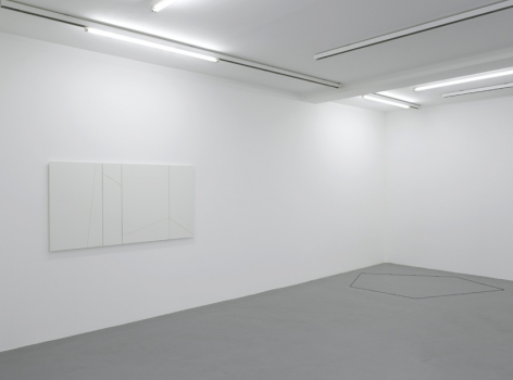 Fred Sandback – installation view 2