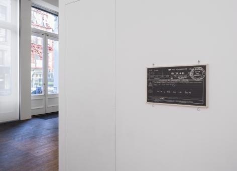 Souvenirs de Paris– installation view 5