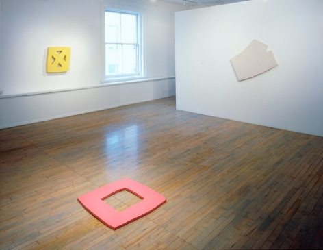 Richard Tuttle: Constructed Relief Paintings, 1964-65– installation view 2
