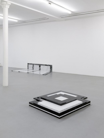 Lili Dujourie – installation view 9