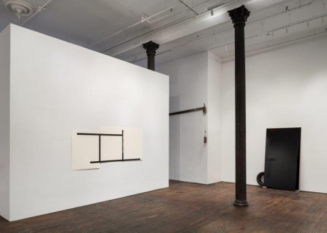Pedro Cabrita Reis: The Field – installation view 3
