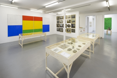 Matt Mullican: Collecting for the studio - Collecting 1959-2013 – installation view 2
