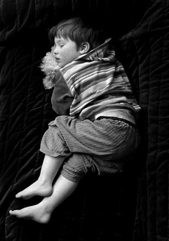 Provenance 2008 Black and White, silent