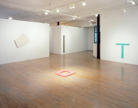 Richard Tuttle: Constructed Relief Paintings, 1964-65 – installation view 1
