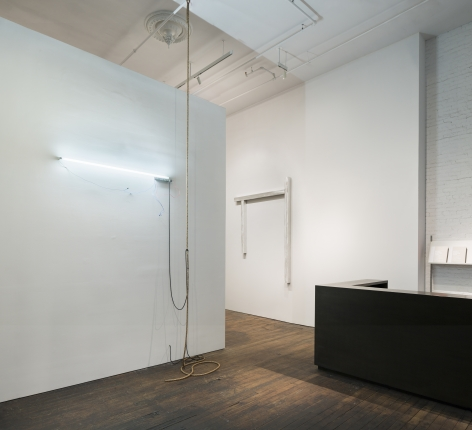 Pedro Cabrita Reis: The Field – installation view 1