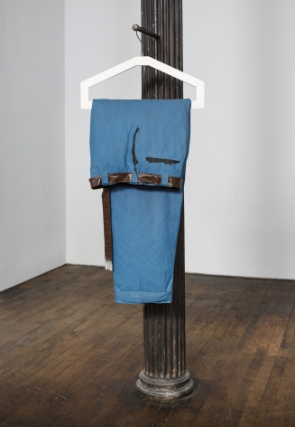 Claes Oldenburg, Giant Blue Men's Pants