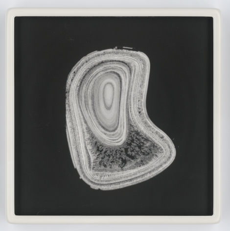 Perle_29, 2018 unique photolithograph and hand-blown crown glass