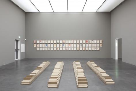 Gesang der Schreitsockel, Kunstmuseum Luzern,Switzerland.