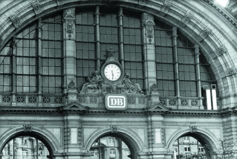 Viekantrohre (Square Stubes), Series D, at Central Station, Frankfurt am Main
