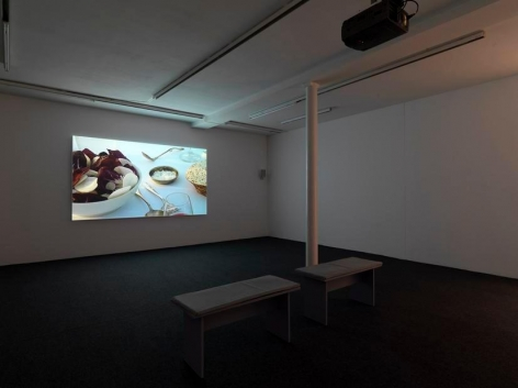 Breeze Presented byMarja Bloem – installation view 1