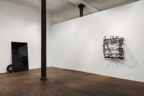 Pedro Cabrita Reis: The Field – installation view 4