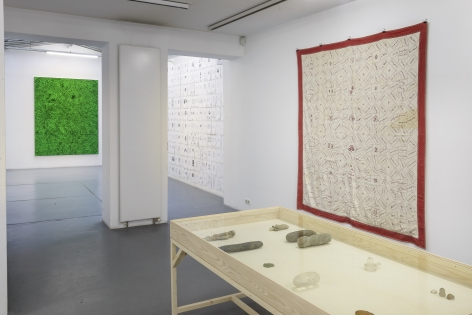 Matt Mullican: Collecting for the studio -Collecting 1959-2013– installation view 6