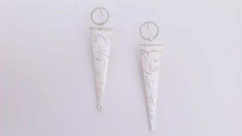 Ann Parkin, Earrings - Particle Tracks, Suspended Triangle