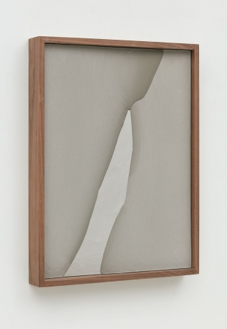 Untitled (Plaster Positive), 2015 [side view], Pigmented hydrocal in walnut frame
